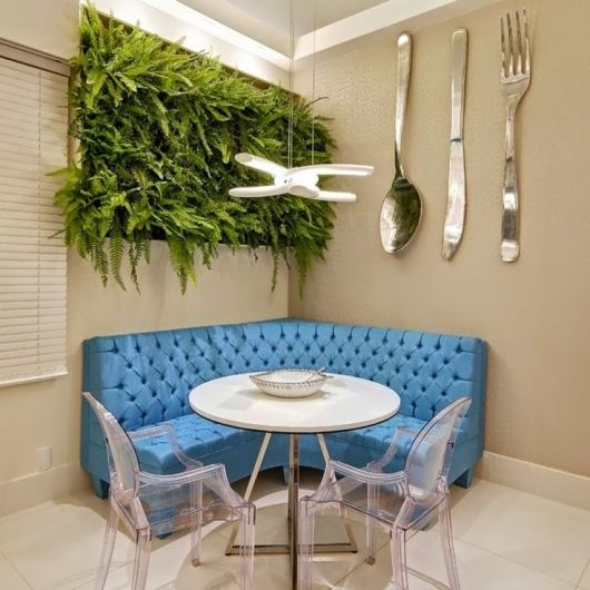 sala de jantar com sofá canto