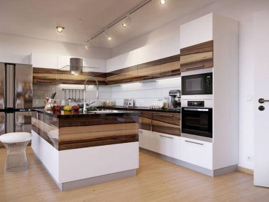 cozinha decorada com madeira