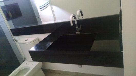 granito preto banheiro