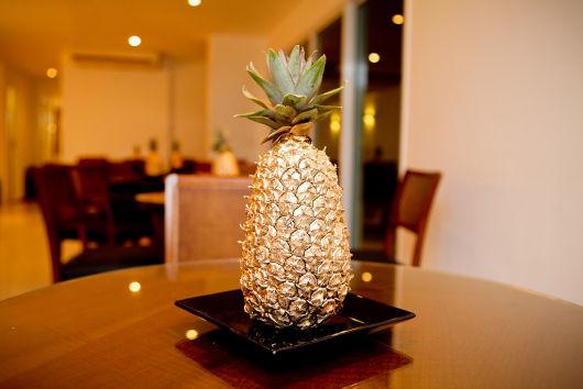abacaxi como centro de mesa