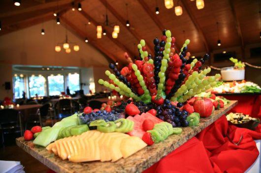 enfeite com frutas
