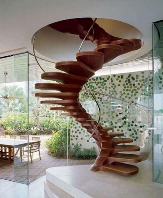escada caracol diferente