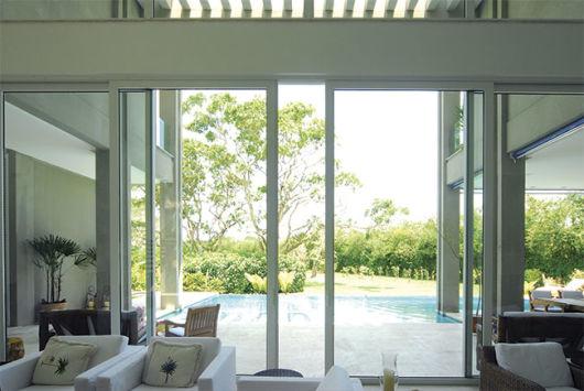 porta de vidro sala