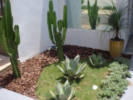 55 jardins pequenos inspiradores dicas e ideias for Como organizar jardin exterior