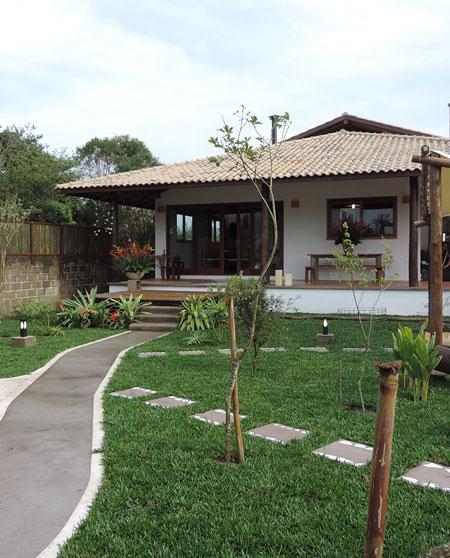Casas com varanda 50 fotos e projetos for Modelos de casas fachadas fotos
