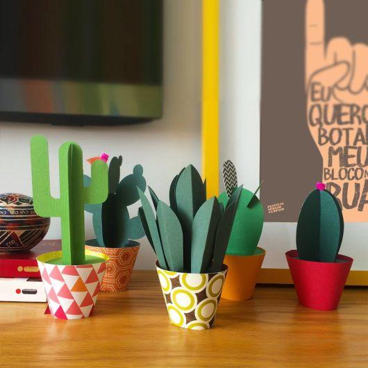 plantas feitas de papel