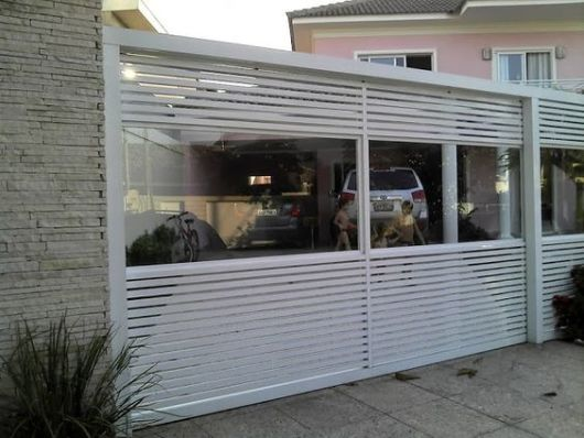 portão de vidro