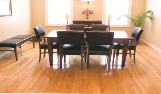 sala jantar piso de madeira