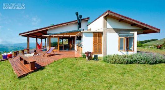 Casa de campo modelos projetos e plantas for Fotos de casas modernas com telhado aparente