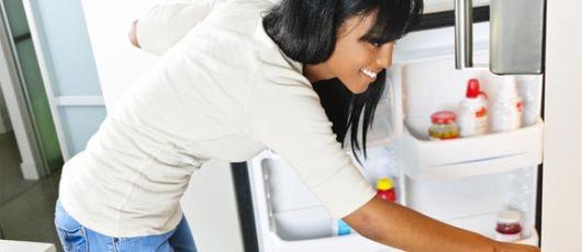 retirar alimentos geladeira