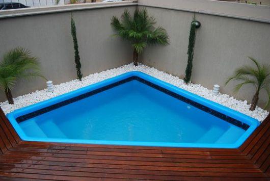 piscina de canto