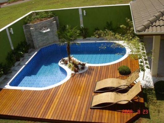 piscina diferente