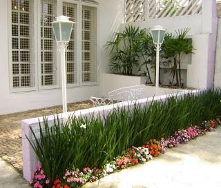 Flores para jardim 9 esp cies para rea externa - Banco jardin barato ...