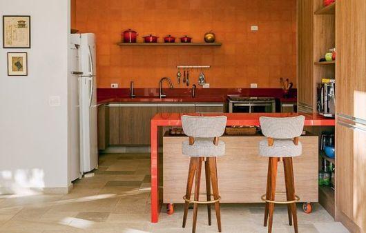 cozinha vermelha e laranja