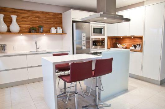 cozinha branco com ilha