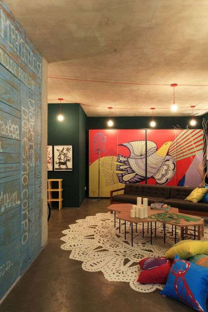 salas modernas bem coloridas