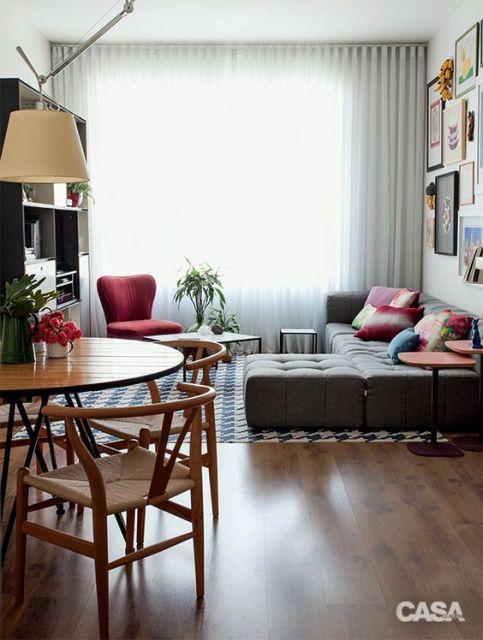 Sof com chaise 55 modelos e ideias de como usar na sala for Como organizar un apartamento muy pequeno