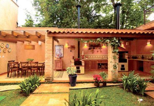 Varanda gourmet decorada: 70 fotos lindas e dicas de móveis!