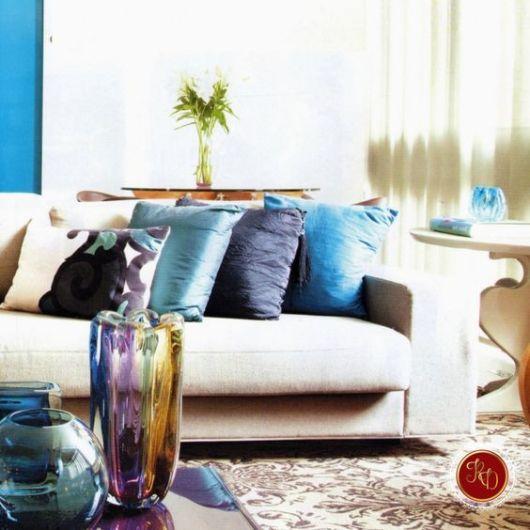 almofadas lisas sofá