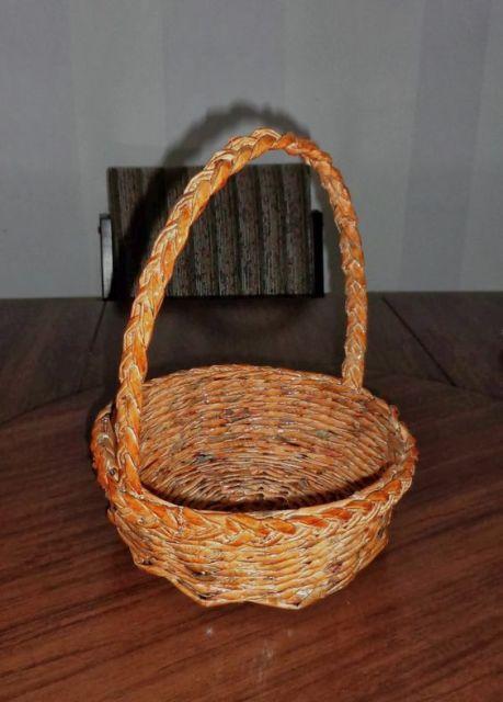 cesta com alça