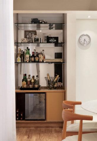Barzinho para sala dicas de como montar e decora es for Modelos de muebles para bar