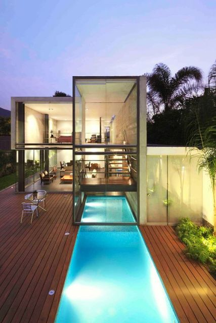 casa linda com piscina diferente