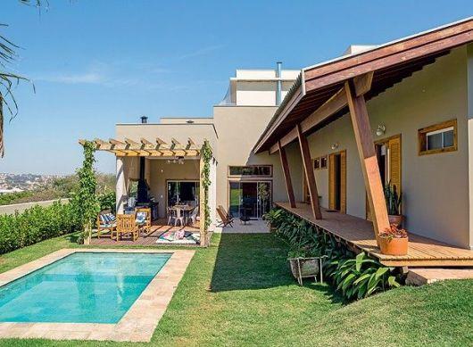 Casas lindas 60 fotos internas e externas para inspirar for Modelos de casas de campo con piscina