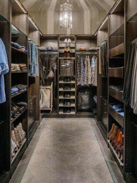 lustre closet
