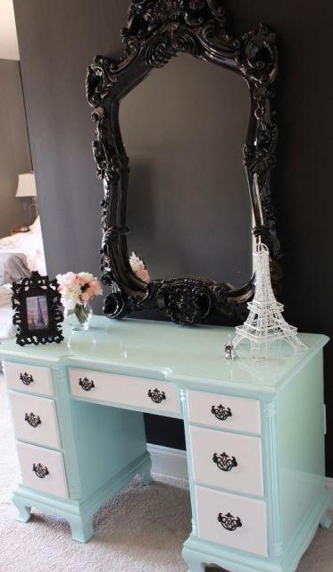 espelho veneziano na penteadeira bonito