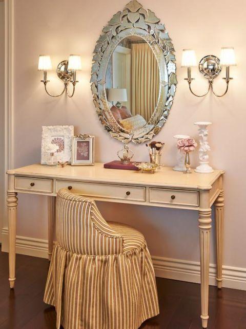 espelho veneziano na penteadeira romântico
