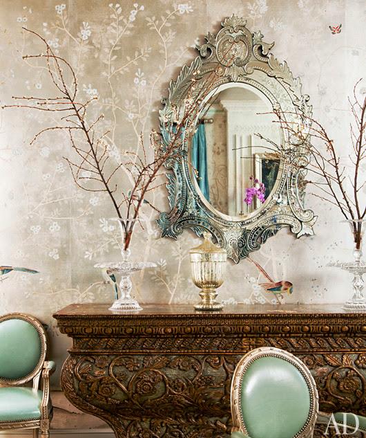 espelho veneziano no hall de entrada