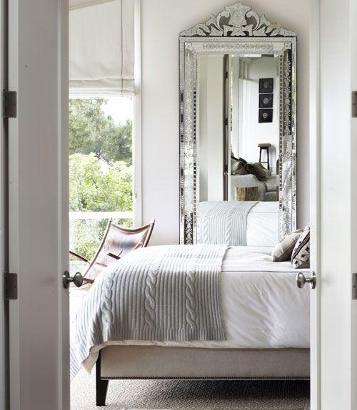 espelho veneziano no quarto
