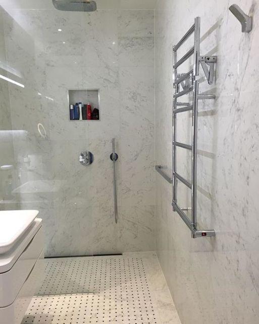 banheiro com nicho no box