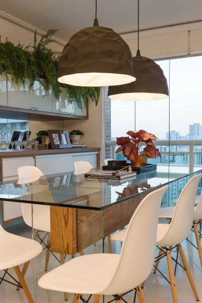mesa com 6 lugares de jantar