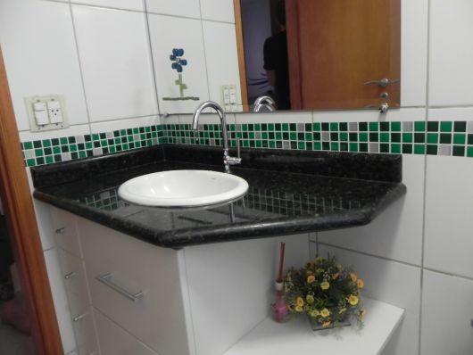 decoração simples banheiro