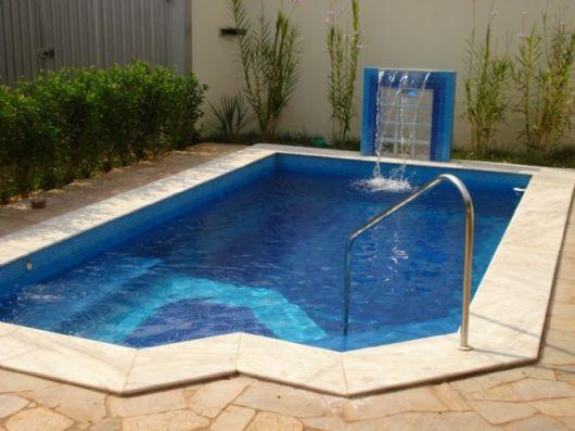 Piscinas pequenas 50 projetos inspiradores for Modelos de piscinas campestres