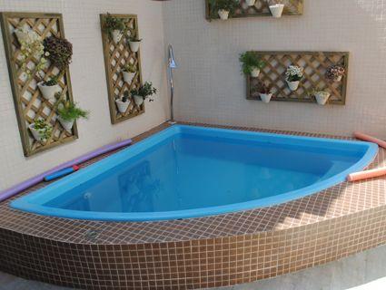 Piscinas pequenas 50 projetos inspiradores - Fundas para piscinas ...