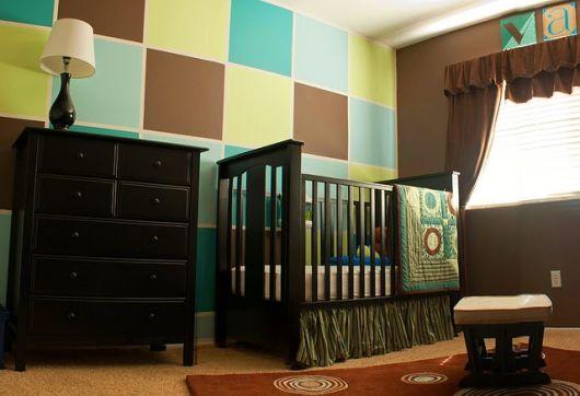 quarto de bebê menino verde