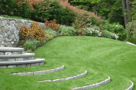 jardim com escadas