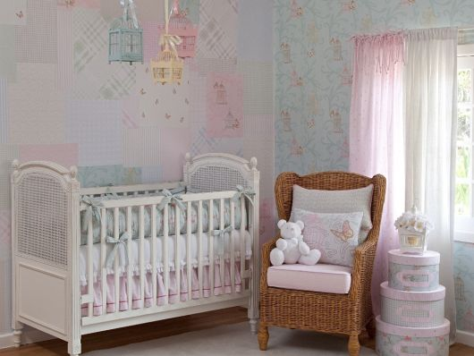 Papel de parede para quarto de bebê delicados