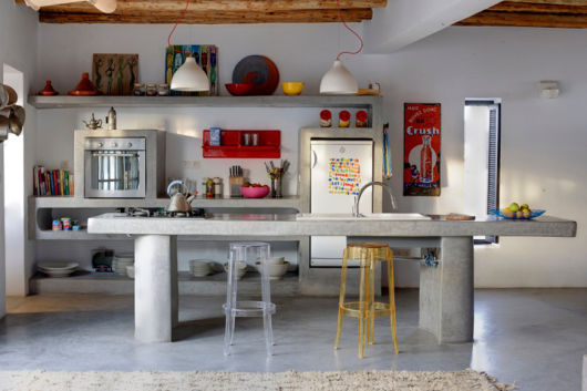 bancada de cozinha em concreto queimado - ilha