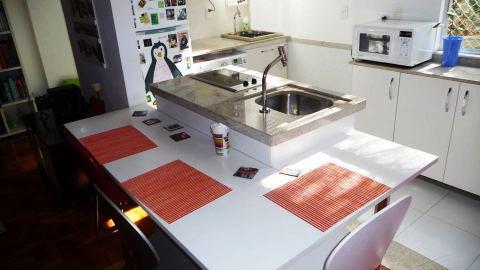 bancada de cozinha em granito branco absoluto