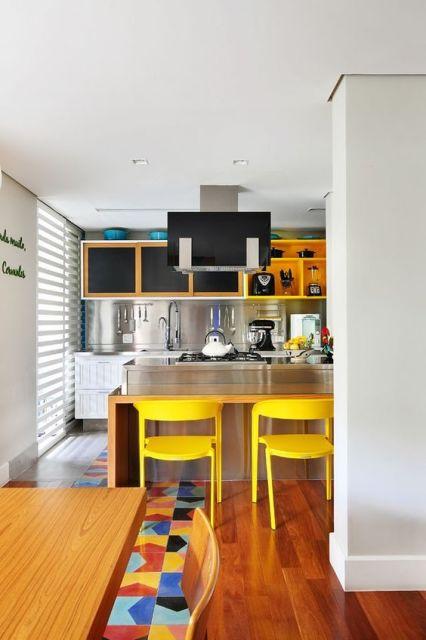 Cozinha com nichos armário