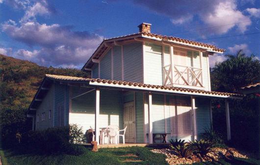 Casa madeira azul