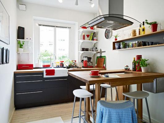 Armário preto cozinha