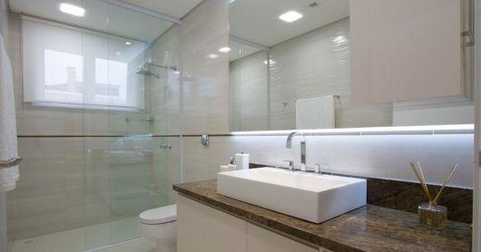 banheiro grande decorado