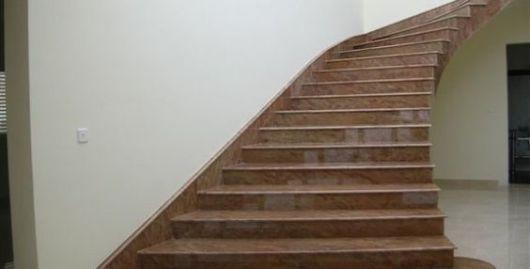escada granito