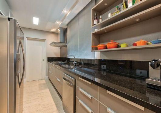 cozinha pequena fechada