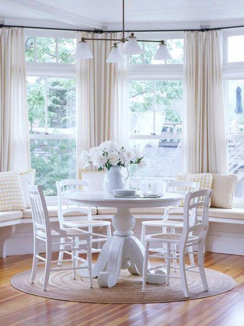 mesa de jantar redonda branca laqueada