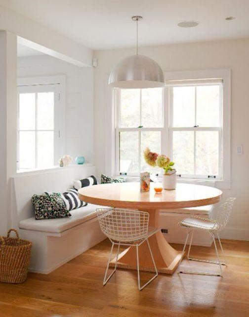mesa de jantar redonda de madeira